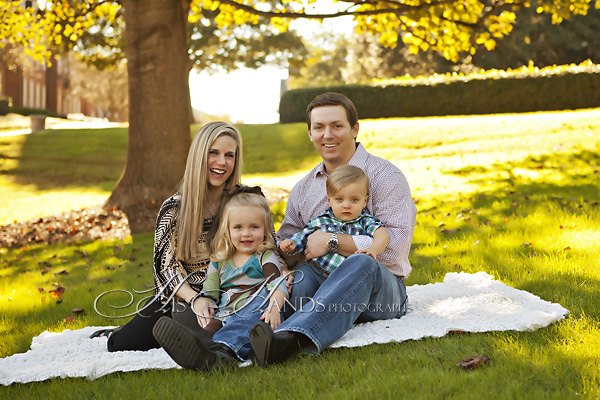 Samford Camous Family Portraits_His Hands Photographs_01