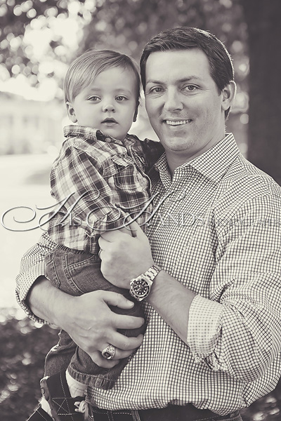 Samford Camous Family Portraits_His Hands Photographs_14